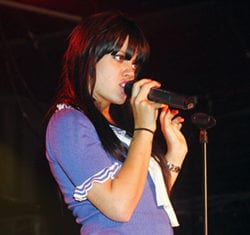 music_lily-allen-gay-15-750x1172