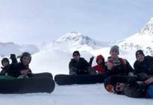 Cheap Ski Holiadys Andorra snowboarding