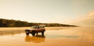 4WD Fraser Island Tour From Noosa or Rainbow Beach