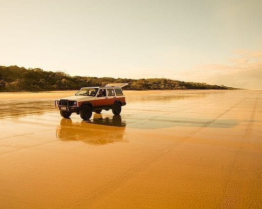 4WD Fraser Island Tour From Noosa or Rainbow Beach