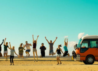 Western Australia Backpacker Tours