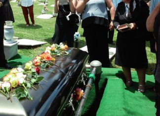 Guide On How To Act At A Funeral