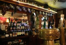 Backpacker Pubs in Melbourne