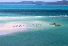 Backpacker Whitsundays Sailing Tours with Bare Travels