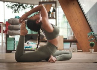 Buy The Right Yoga Clothes