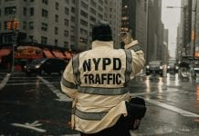 What You Need to Know About Being a Traffic Controller
