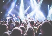 Expert Tips for Organizing a Perfect Gig